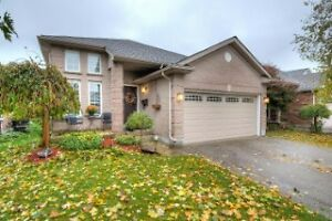 FOR SALE - 254 Parkview Cr. Strathroy London Ontario image 1
