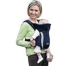 0dbd2778346 Tomy Freestyle Baby Carrier