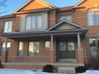 Detached House for Rent in Mississauga