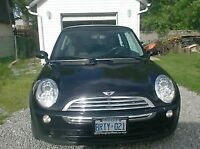 2006 MINI Cooper Coupe 2 door, CERTIFIED / E-TESTED.