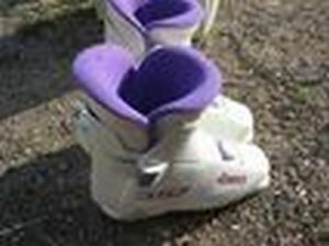 SKI BOOTS used only twice $30-size 7.5-8.5