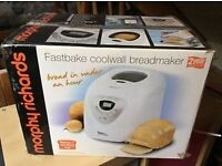 Breadmaker used once in box