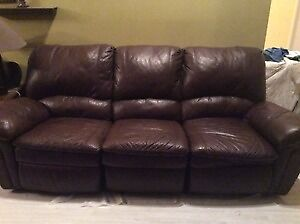 MUST GO NOW - BROWN  LEATHER 3 PLACE SOFA & RECLINER