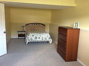 Beautiful Large Furnished Bedroom - Avail. Sept 1