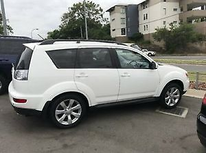 ***2012 Mitsubishi Outlander SUV *** LOW KMS** LEATHER****
