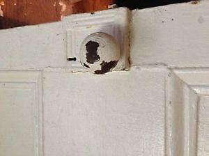 Belle porte ancienne pour projet de décoration Saguenay Saguenay-Lac-Saint-Jean image 1