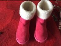 Cerise pink suede boots / slipper size 7 with fur lining £5 used once