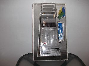 Purificateur d'air neuf prise 12 volts pour caravan , van , auto Québec City Québec image 3