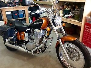 SUZUKI BOULEVARD S40 GREAT BEGINNER BIKE