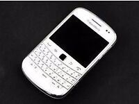 Blackyberry bold 9900 BRAND NEW IN BOX