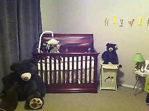 3 in 1 crib, mattress and rocking chair