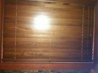 Stores en bois differentes grandeur fini praline (PRIX UNITAIRE)