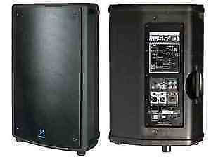 PAIRE SPEAKERS AMPLIFIEES YORKVILLE NX 55P .
