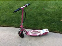 RAZOR PINK GIRLS SCOOTER E100 WITH SEAT