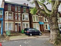 This superb larger than average top floor apartment situated in the central area of Nottingham.