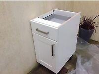Howdens white shaker style 400mm base unit - used