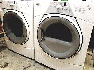 WHIRLPOOL WASHER AND DRYER FRONT LOAD WITH STAND