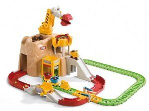Little tykes toy mountain and train