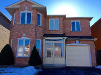 3 Bedroom and 2 bathrooms detached home for rent in Vaughan