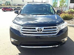 2013 Toyota Highlander Limited (Like New)