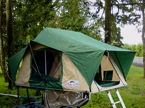 FeatherLite Roof Top Tent and Shower/Change Room