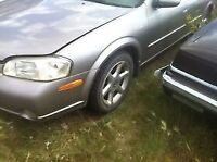 2000 Nissan maxima for parts