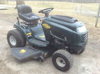 19.5 HP Yard Works Lawn Tractor in EXCELLENT CONDITION