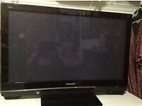 PANASONIC TV 42 INCH