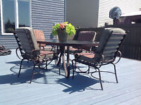 Patio table and 4 chairs w/cushion, good quality