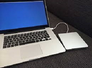 "MINT MACBOOK PRO RETINA LATE 2012 13"" 2.5GHZ 8GB RAM 128SSD"