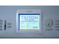 KORG TRITON STUDIO MUSIC WORKSTATION TOUCH SCREEN 88 KEYS LOADED !