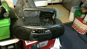 Sanyo radio/cassett/cd player Waterloo Inner Sydney Preview