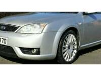,,,wanted,,, Ford mondeo st front bumper silver if possible as in picture