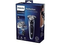 PHILIPS Series 9000 S9211/12 Wet & Dry Shaver BRAND NEW, UNWANTED GIFT £110