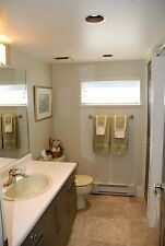 Newly Renovated 2 Bedroom Garden Suite Furnished North Van #572 North Shore Greater Vancouver Area image 8