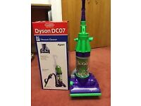 Dyson toy hoover [ sorry no box ]