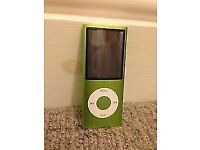 Apple iPod Nano 16GB - Green - 4th Generation + Charger + Earphones