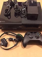Xbox one with kinect 500g+ 6games and headset