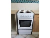 ELECTRIC COOKER FOR SALE. FREE LOCAL DELIVERY