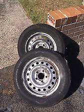 WANTED: 15 inch Commodore stockies and 14 inch Commodore stockies Port Adelaide Port Adelaide Area Preview