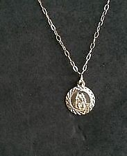 9ct Gold St Christopher and chain for sale diamond cut.