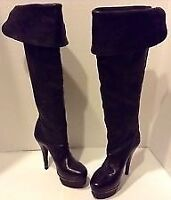 BCBG LEATHER KNEE HIGH BOOTS