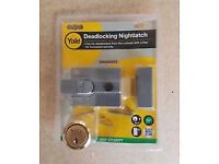 YALE DEADLOCKING NIGHTLATCH LOCK BRAND NEW/COMPLETE IN VISI-PACK £12.50 EACH HAVE 6 AVAILABLE