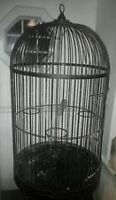 BIRD CAGE FOR LARGE BIRD I.E. PARROT, MACAW, COCKATOO