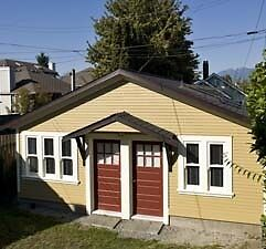 Detached Studio Suite Furnished Main Street Area Vancouver #382
