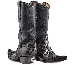 Cowboy boots wanted