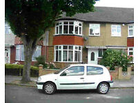 ** INCLUDING ALL BILLS ** Large 2 bed flat in Acton Zone 2 (near Ealing)