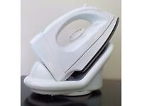 In-Cuisine Electric Steam Iron and Ironing Board
