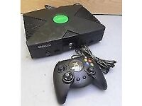 Xbox Original with 2 controllers
