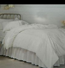 WHITE EYELET 3-PC TWIN BEDDING--$20.00